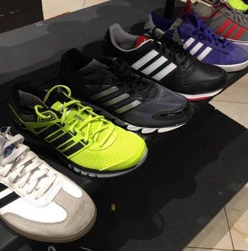 Wholesale Overstock Lots - Shoenet.com